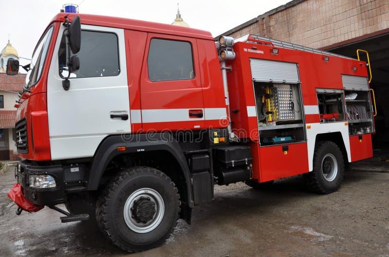Огонь и автомобиль спасения стоковые изображения rf