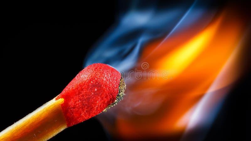 Огонь спички стоковое изображение rf