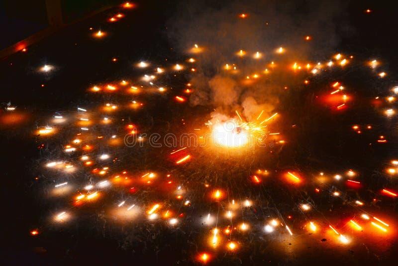 Огонь шутихи крестцов Asoka стоковая фотография rf