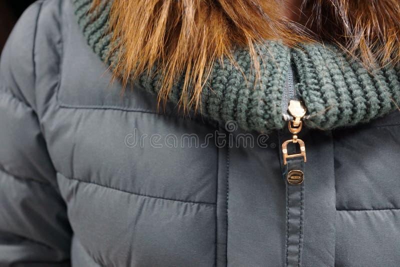 одежда outerwear клобука магазина бутика пальто воротника стоковые изображения rf