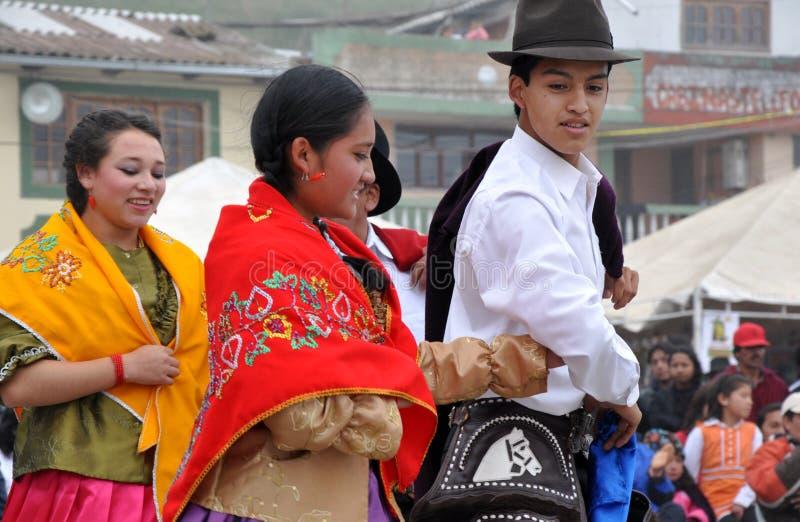 одетьйте ecuadorian традиционный стоковые изображения