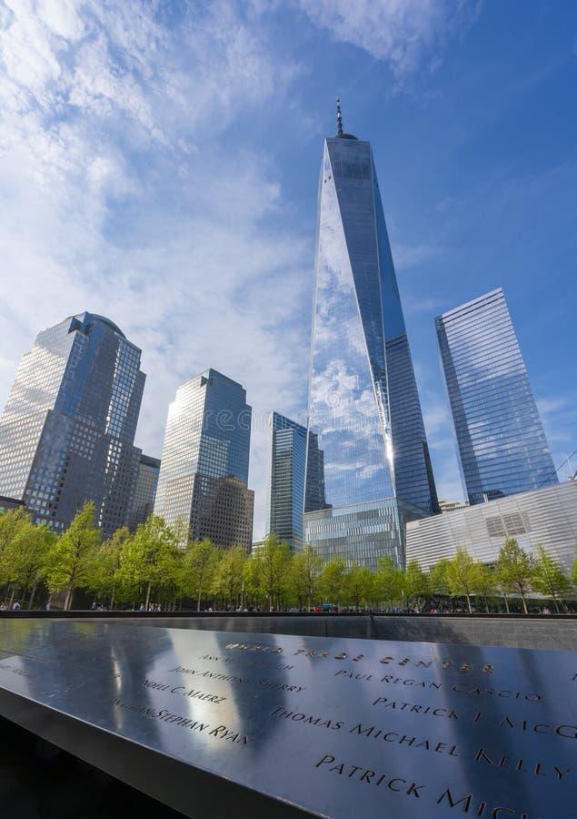 Один всемирный торговый центр и мемориал 911 стоковая фотография