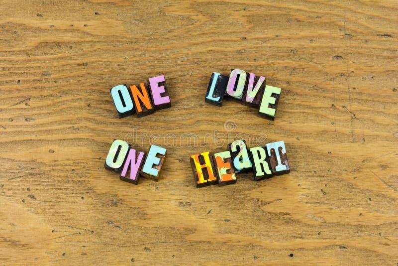 Один любов сердца вечности letterpress совместно стоковые фотографии rf