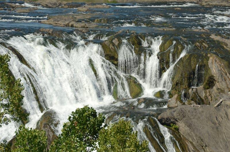 Одичалый водопад стоковая фотография