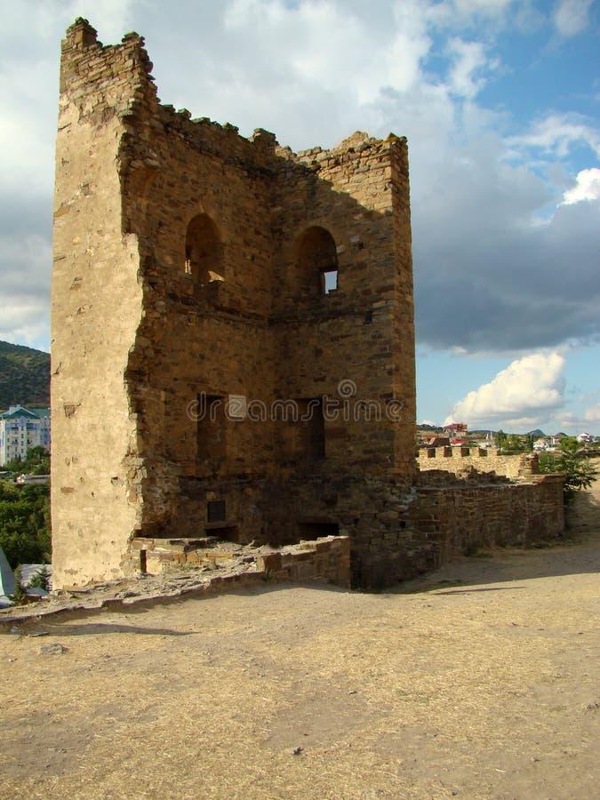 Одна из крепости башни Genoese в городе Sudak, Крым стоковое изображение rf