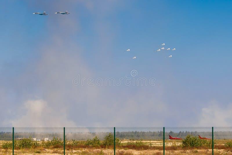 6-ое августа 2016 Рязань, Россия Русский самолет армии падает bo стоковая фотография