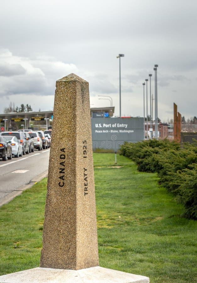 14-ое апреля 2019 - Суррей, Британская Колумбия: Отметка памятника границы стоковое изображение