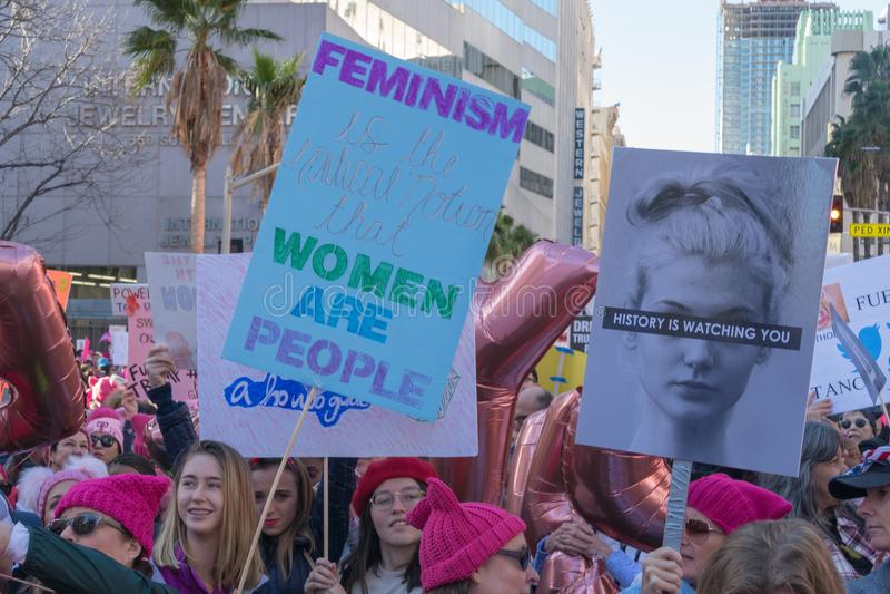 2-ое ежегодное ` s феминизм -го март женщин - стоковые изображения
