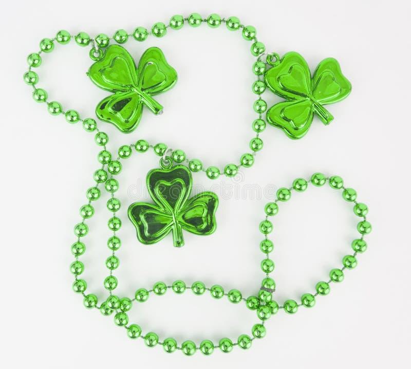 Ожерелье дня ` s St. Patrick стоковые фото