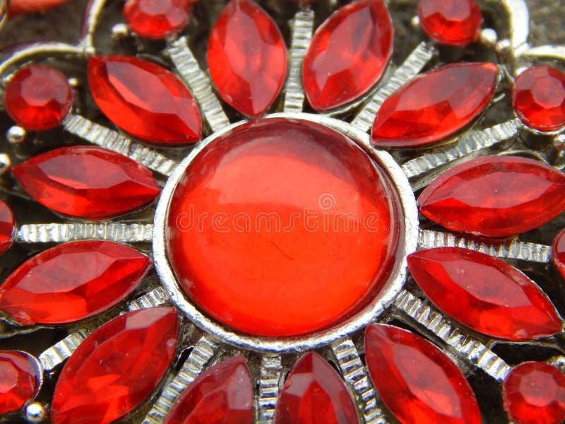 Ожерелье с красными самоцветами стоковая фотография rf