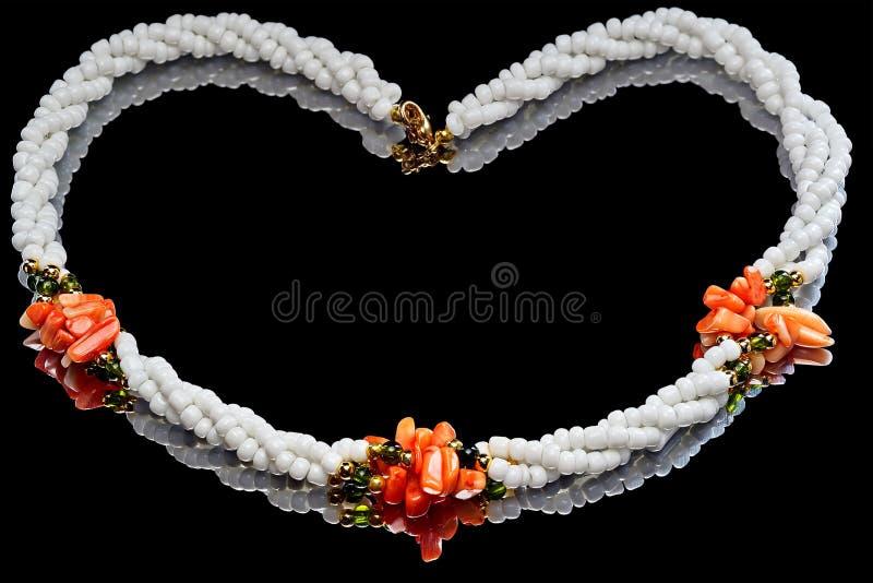 Ожерелье красного и белого коралла стоковое изображение rf