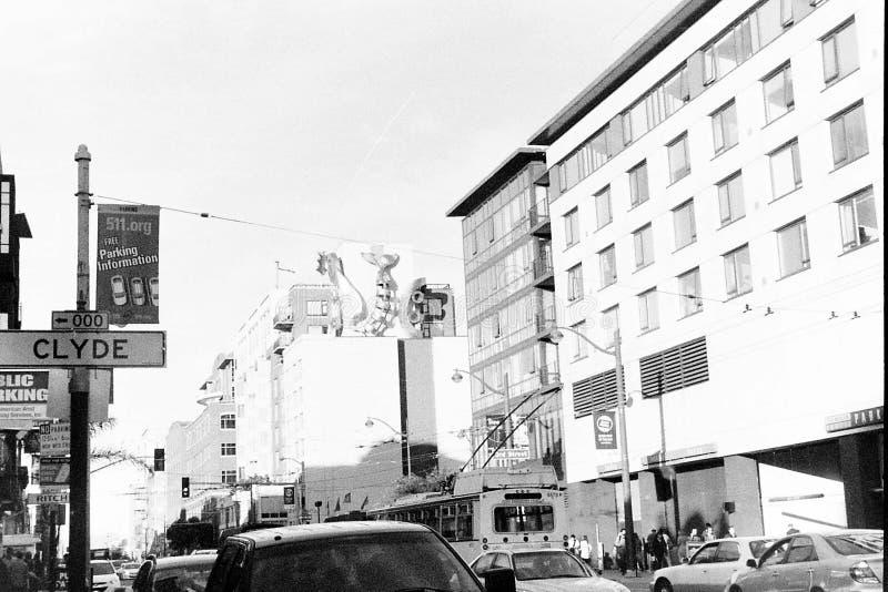 Оживленные улицы Сан-Франциско, Калифорния стоковое фото rf