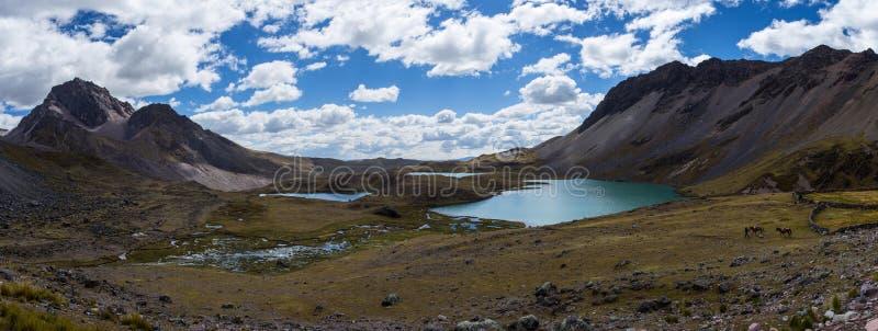 Озера Ausangate стоковое изображение rf