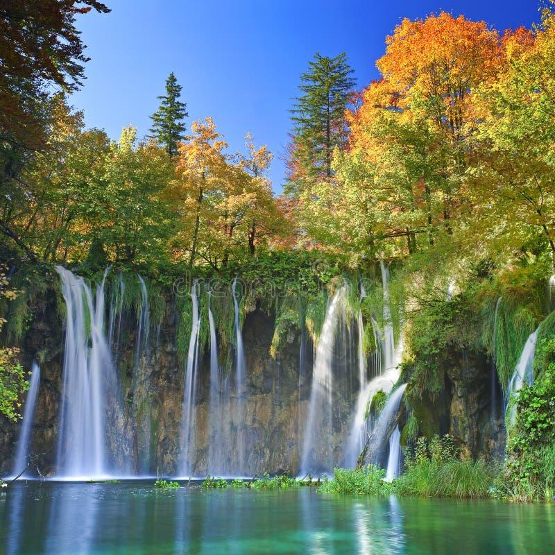 Озера Plitvice Хорватии - национального парка в осени стоковая фотография rf