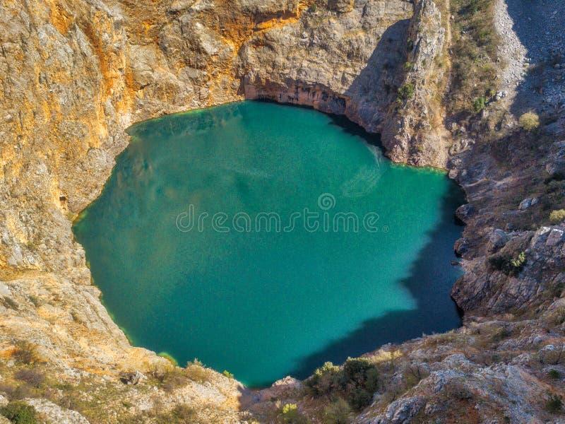 Озеро ` ` выгребной ямы Imotski красное стоковое фото rf