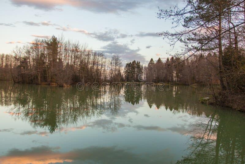 Озеро в Preddvor стоковые изображения
