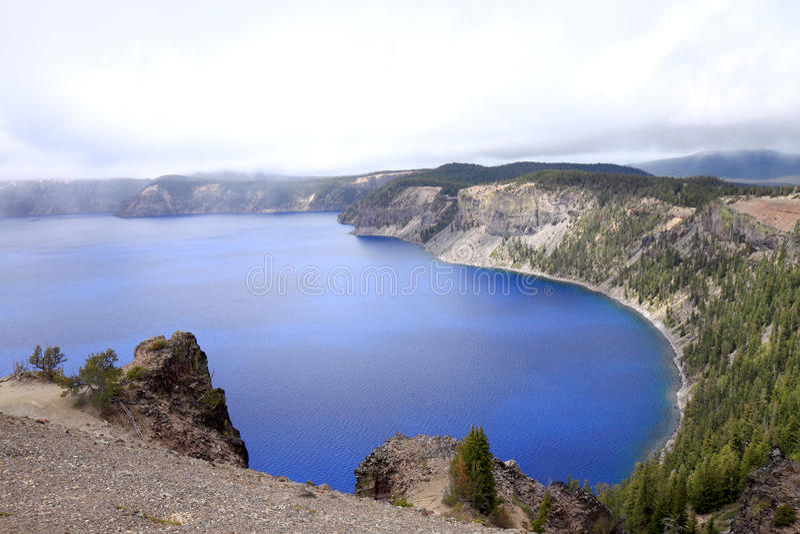 озеро кратера стоковые фото