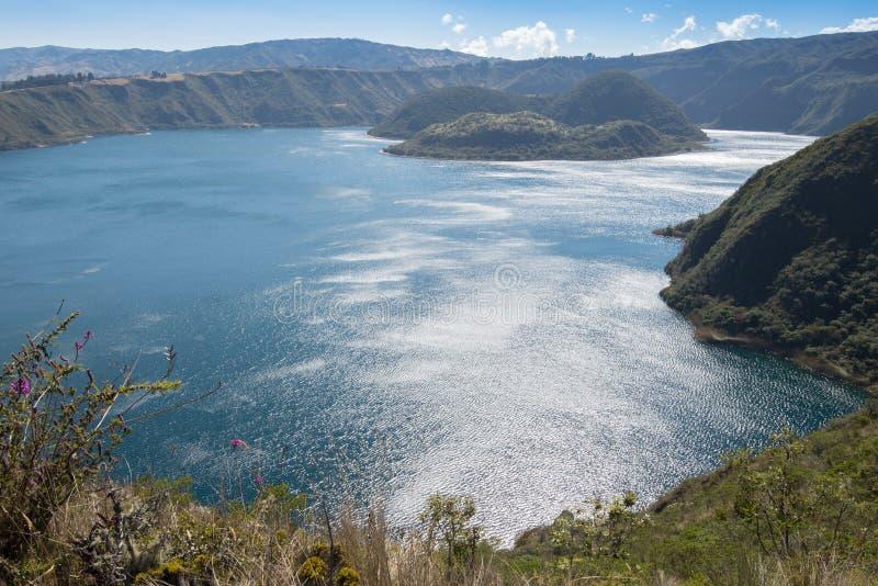 Озеро кратера Cuicocha, запас Cotacachi-Cayapas, эквадор стоковая фотография rf