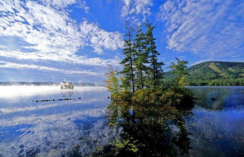 озеро Мейн стоковая фотография rf