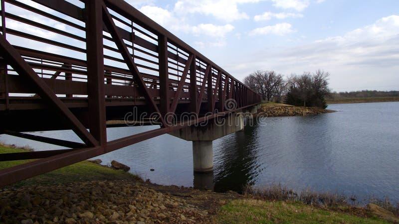 озеро моста сверх стоковое изображение