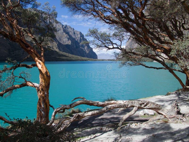 Озеро от Huaraz в Перу стоковое изображение