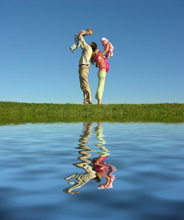 озеро семьи 4 стоковое фото