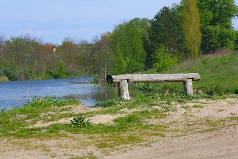 озеро стенда ближайше стоковое изображение
