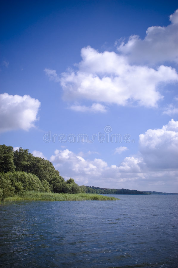 озеро сценарное стоковое фото rf
