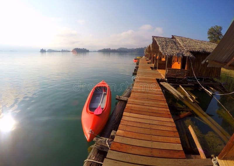 Озеро Таиланд национальный парк Khao Sok стоковые фотографии rf