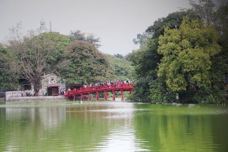 Озеро Ханой Hoan Kiem, Вьетнам стоковая фотография rf