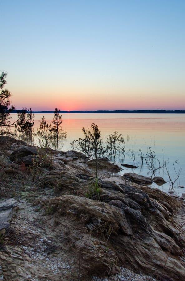 Озеро холм Clarks, парк штата Georgia омелы стоковое изображение rf