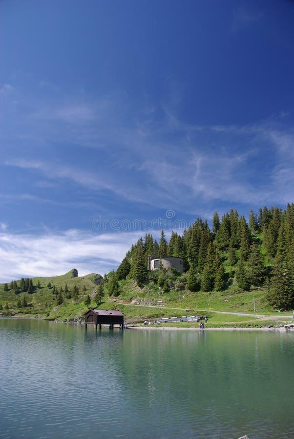 озеро boathouse стоковые фото