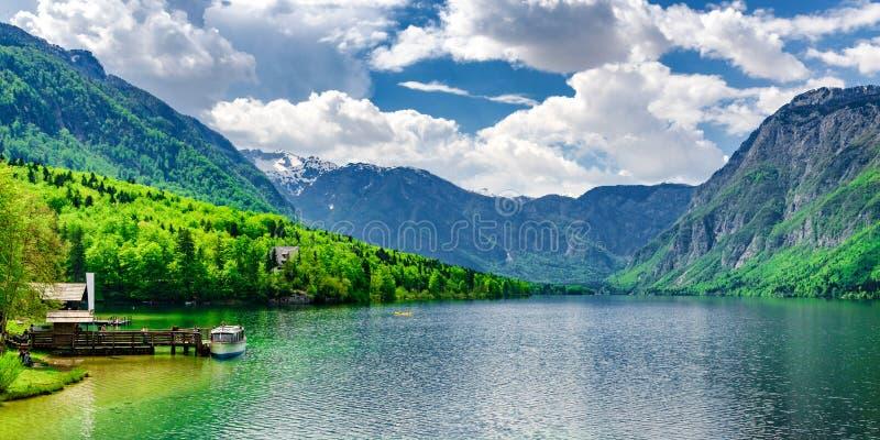 Озеро Bohin - точное место для отдыха стоковые фото