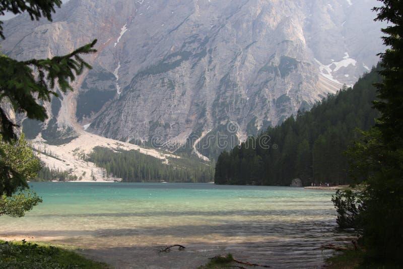 Озеро Braies стоковые фотографии rf