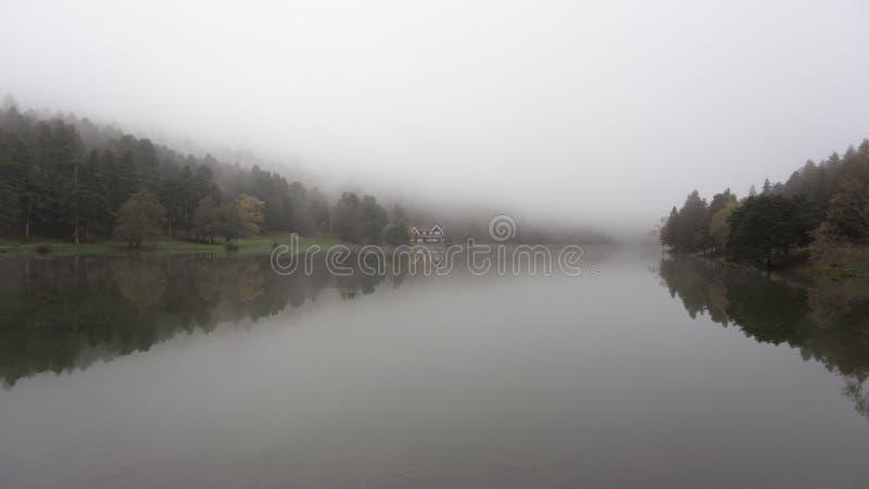 Озеро Cennet стоковые фотографии rf