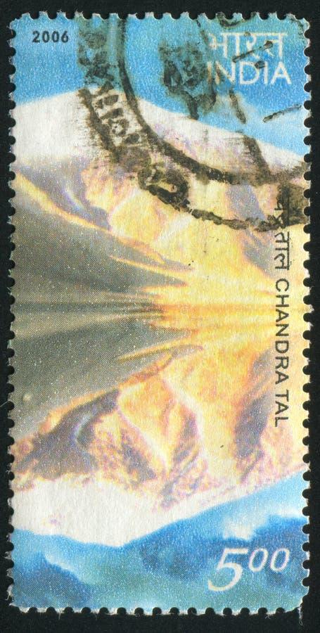 Озеро Chandra Tal стоковые изображения