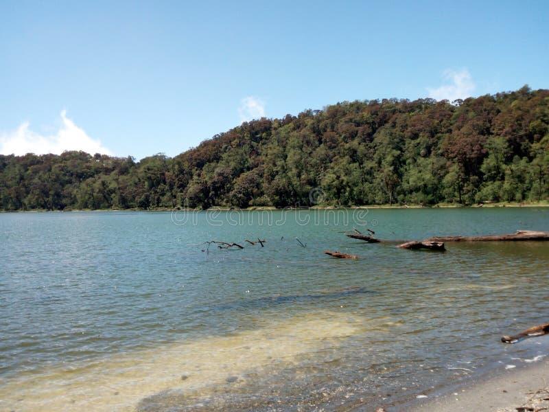 Озеро Chicabal стоковые фотографии rf