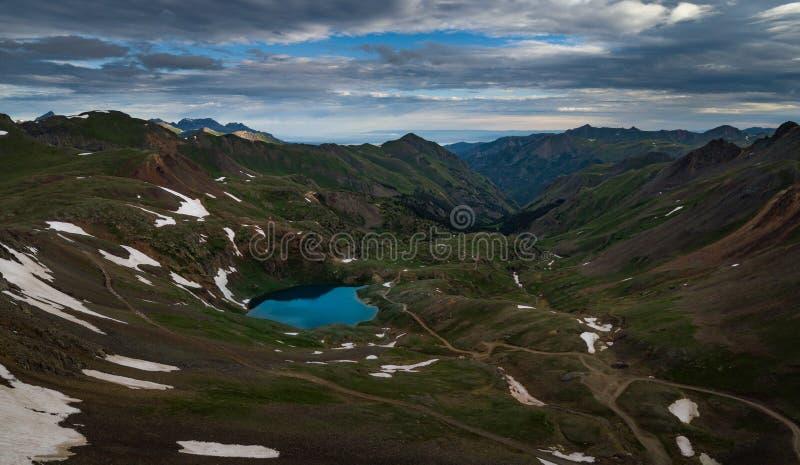 Озеро Como Колорадо - пропуск Poughkeepsie, горы Сан-Хуана  стоковые фотографии rf