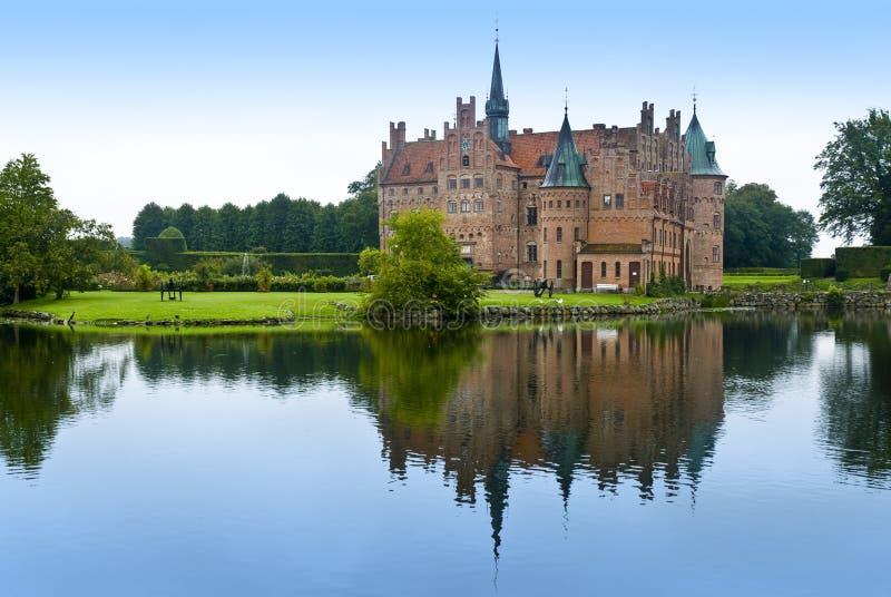 озеро egeskov замока стоковое изображение