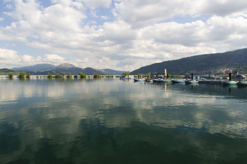 Озеро Egirdir в Isparta Турции стоковые фотографии rf