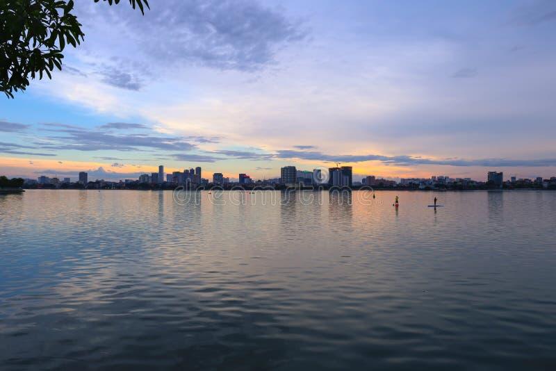 озеро hanoi западное стоковая фотография