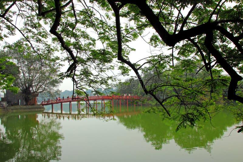 Озеро Hoan Kiem стоковая фотография rf
