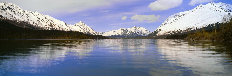 Озеро Kenai, полуостров Kenai, Аляска стоковые фотографии rf