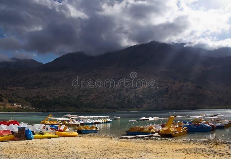 озеро kournas Крита Греции стоковое изображение