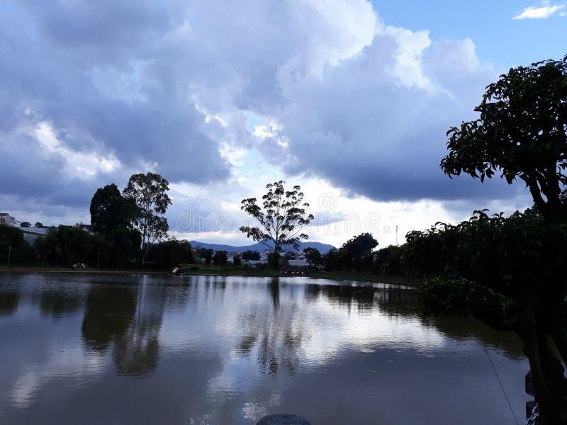 Озеро lat Da в autum стоковое изображение rf