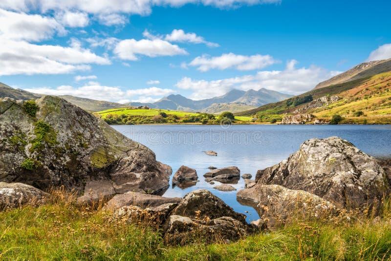 Озеро Llynnau Mymbyr в Snowdonia, северном Уэльсе стоковое изображение rf