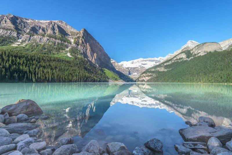 озеро louise стоковое фото