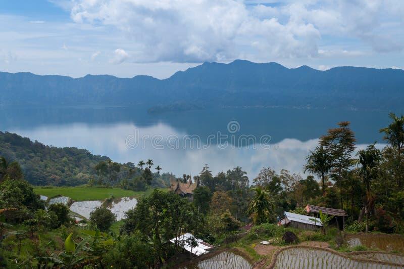 Озеро Maninjau (Danau Maninjau) стоковые фотографии rf