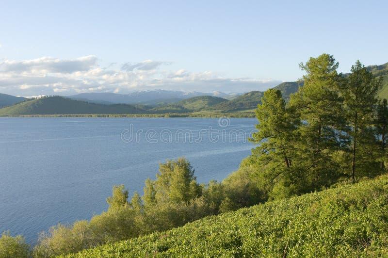 Озеро Markakol гор стоковые фото