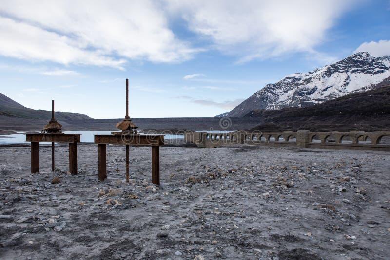 Озеро Mont Cenis пустое стоковая фотография